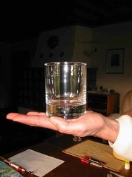 Glas-Hand
